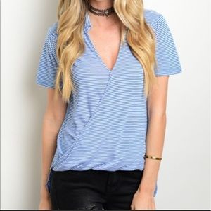 Tops - Hi-low cross front top🆕I'm obsessed with this top