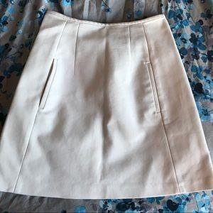 Zara white a-line skirt with pockets