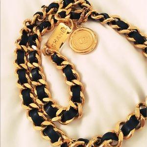 💯💯💯 authentic Chanel chain belt