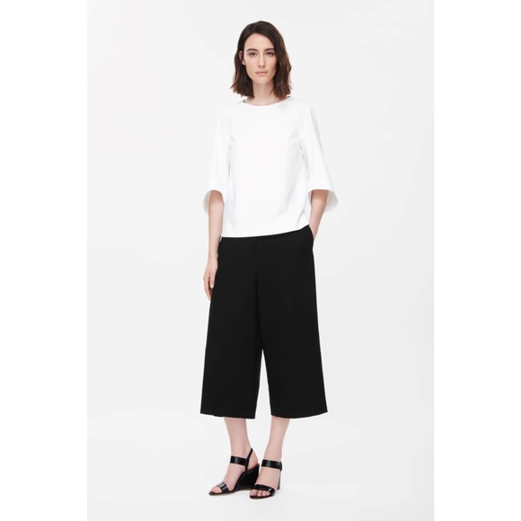 b8669a3fd8b9 Cos Pants | Loosefit Cropped Culottes Trousers In Black | Poshmark