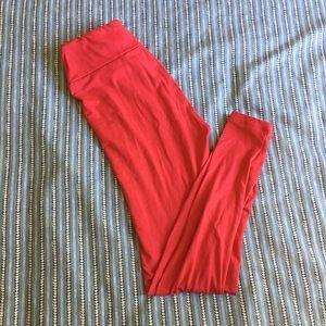 LuLaRoe Pants - LuLaRoe solid red one size leggings - OS