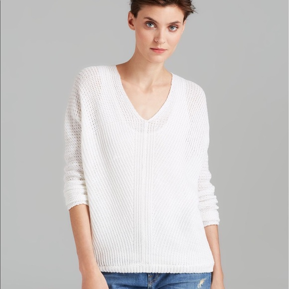 Vince Sweaters - VINCE V Neck Knit Sweater