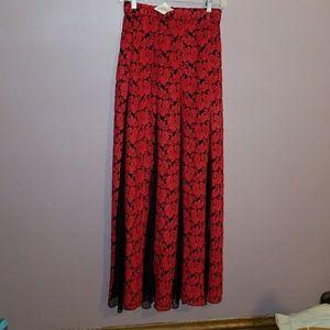 Tildon Dresses & Skirts - NWT Stunning Tildon maxi skirt