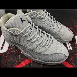 separation shoes 878ab 69007 grey wolf 12s retro low top air Jordan NWT
