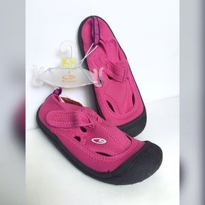 46ddd2d57a69 Champion Shoes - 🆕 w tags C9 Champion Toddler Daylin Water Shoes
