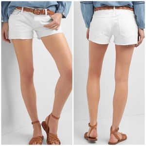 Gap 1969 Pants - Gap 1969 white raw hem Denim shorts cut offs