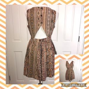 Alice Moon Dresses & Skirts - Alice Moon Open Back Dress Full Skirt Size L