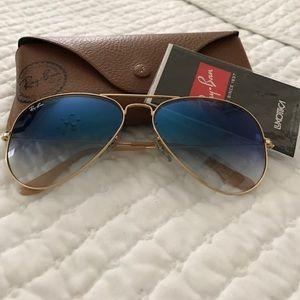 Rayban sunglasses/blue aviator