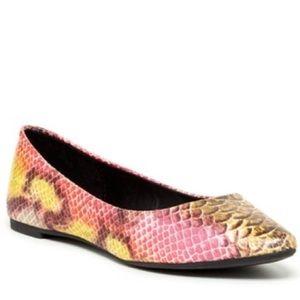 Steve Madden Shoes - STEVE MADDEN IRIE FLAT