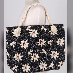 Handbags - 🦋🦋NEW🦋🦋Jenni Tote