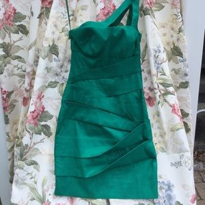 Hailey Logan Dresses & Skirts - Hailey Logan 1 Shoulder Green Dress S