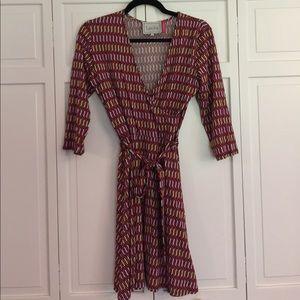 Leota Dresses & Skirts - Leota faux wrap comfy dress print dress size m