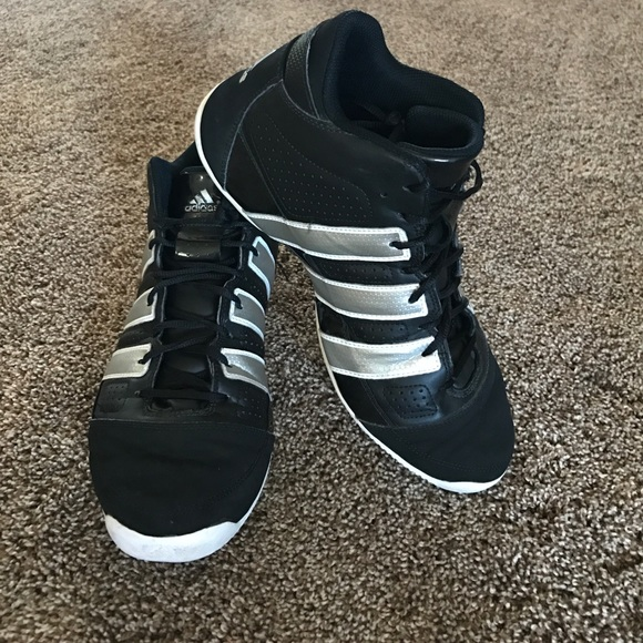 d45d8f6f18a3 adidas Other - Adidas Commander Lite TD basketball shoes 🏀