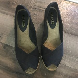Black wedge shoes for summer