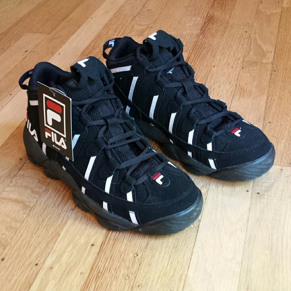 b8f5f331f492 FILA Spaghetti Jerry Stackhouse Basketball Shoes