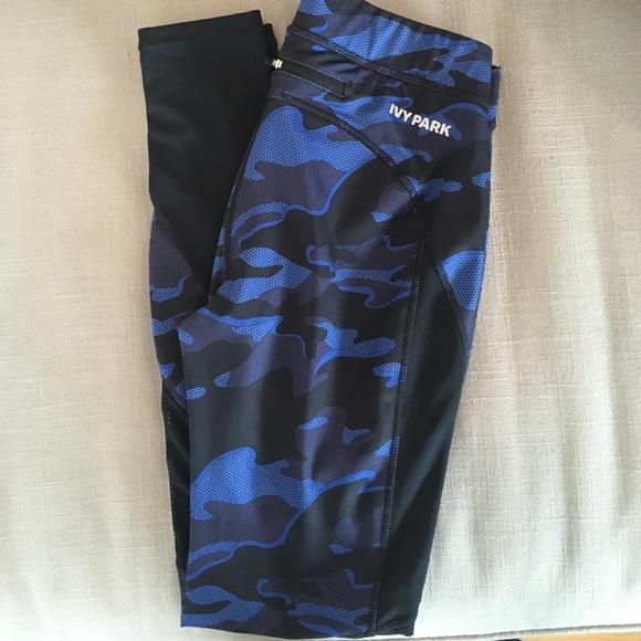 b83ffd6e25e76a Ivy Park Pants - Ivy park camo print blue leggings. Size S.