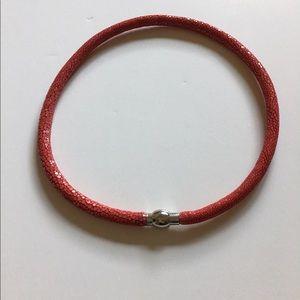 """Jewelry - Genuine Stingray 18"""" Necklace"""