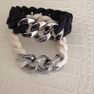 Black and white rubber chain braclets