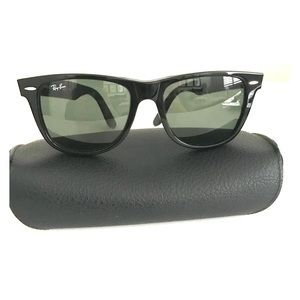 Ray Ban Wayfarer Black Sunglasses