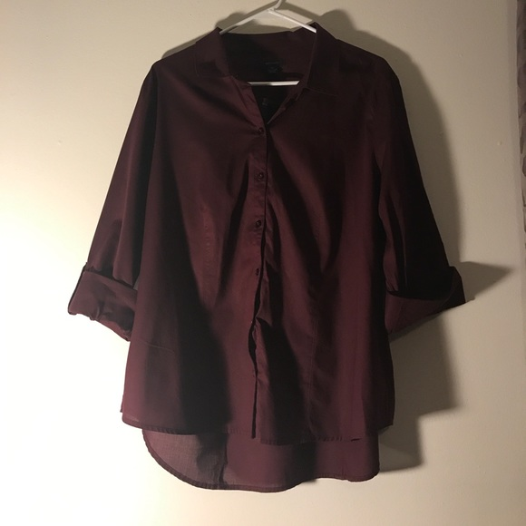 Westbound Tops - Westbound Maroon button up shirt 3/4 length sleeve