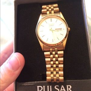 Pulsar Other - Mens pulsar watch