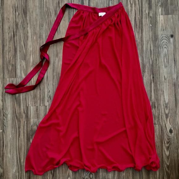 77 gal dresses skirts gal lioness