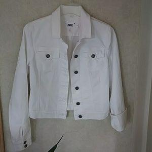 Paige Jeans Jackets & Blazers - 🎉On Sale PAIGE White Jean Jacket Denim