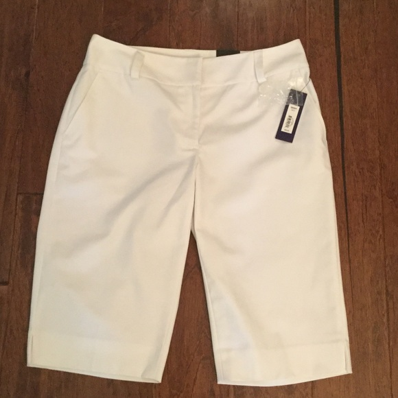 Apt. 9 Pants - NWT   White Bermuda shorts by Apt 9.  Size 6