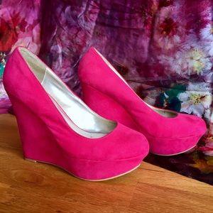 "Qupid Hot Pink Platform Wedges 5"" Heels Like New!"