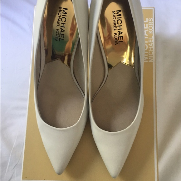 a9bd7554b156 Optic white Michael Kors Joselle pump