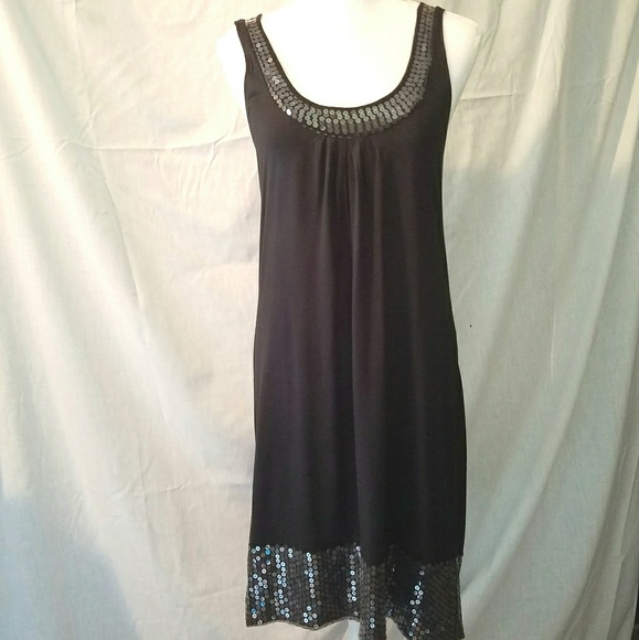 Cruise Wear & Co Dresses & Skirts - Cruise Wear & Co Sequined Dress