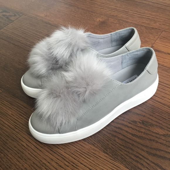 dd1e0d1207c Steve Madden Pom Pom Shoes (Breeze)