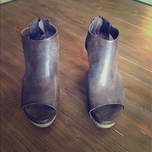 Antelope Shoes - Antelope silver wedge heel