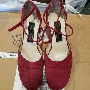 Laura Scott maroon chunky heels, 7.