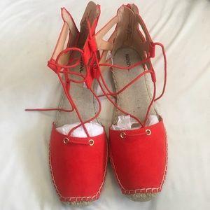 Shoes - ✨Burnt Orange lace -up sandals