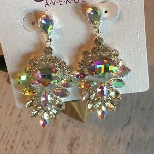 BRAND NEW!! Iridescent crystal statement earrings
