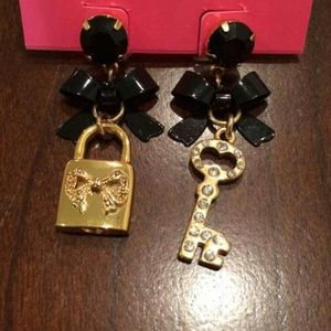 Brand new Betsey Johnson lock and key earrings