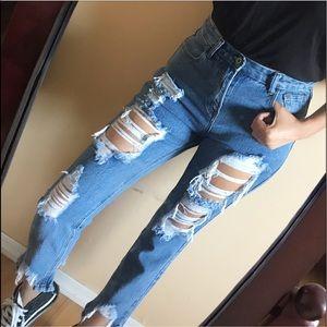 Denim - Distressed Hem Mom Jeans