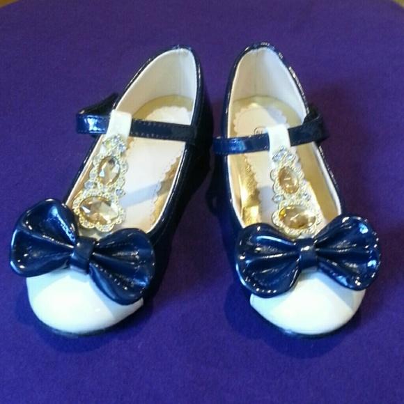 Fancy Little Girls Size 1 Dress Shoes
