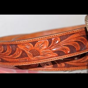 Accessories - Tony lama leather belt w/ silver buckle & tip 42