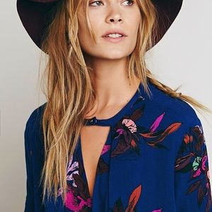 austin gal Dresses & Skirts - FLORAL Swing Tunic DRESS Electric Orchid Blue Tree
