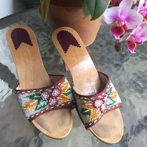 Shoes - Fantastic Beaded Tiki Pinup Style Mules Wooden