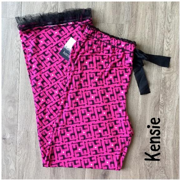 NWT Kensie pink giraffe PJ pants size L 4cdaeded9