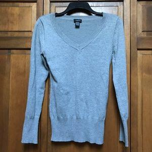 Rue 21 Gray V-Neck Sweater