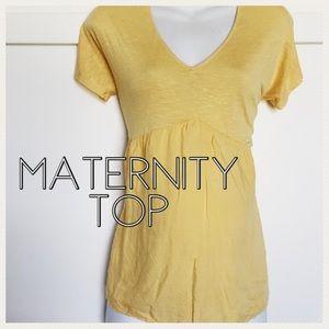 Jessica Simpson Tops - Maternity top Jessica Simpson size small