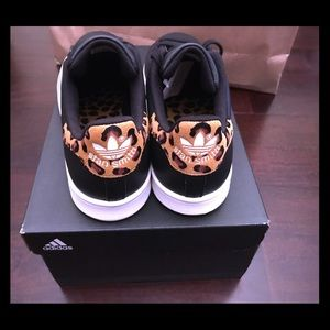 adidas Shoes - Stan Smith Adidas Black Leopard size 7.5 & 9