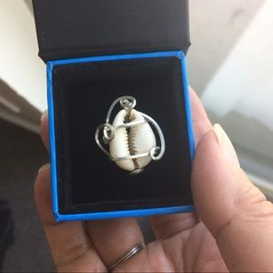Cowrie Shell in 18 gage SS wire. Sizes 5-7.