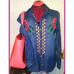 Westbound Embroidered Chambray Top