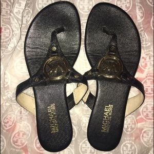 Michael kors thong flip flops
