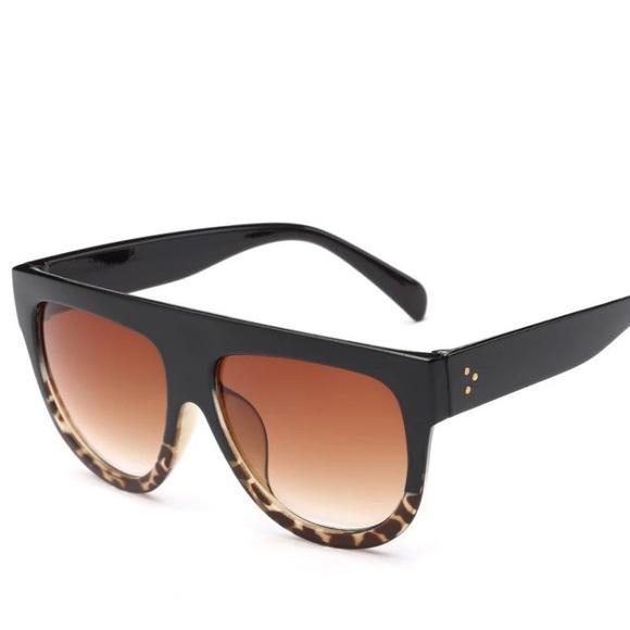 7a777a0a074 Black   Tortoise Ombré Flat Top Sunglasses